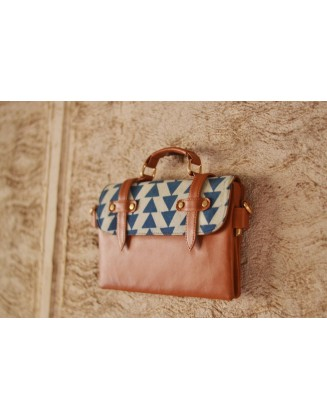 BLUE TRIANGLE CONDUCTOR BAG