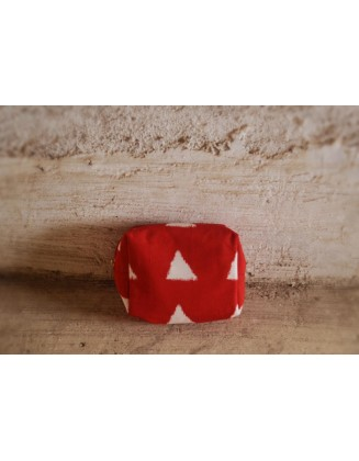 RED BLOCK POUCH